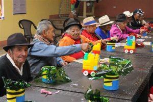 30 adultos mayores se benefician de los servicios de atención diurno